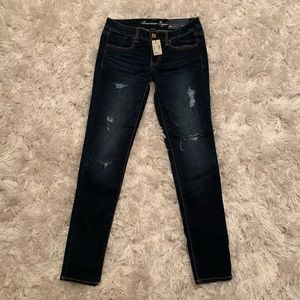 American Eagle distressed jegging jean NWT